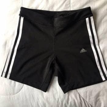 Short deportivo Adidas ♥