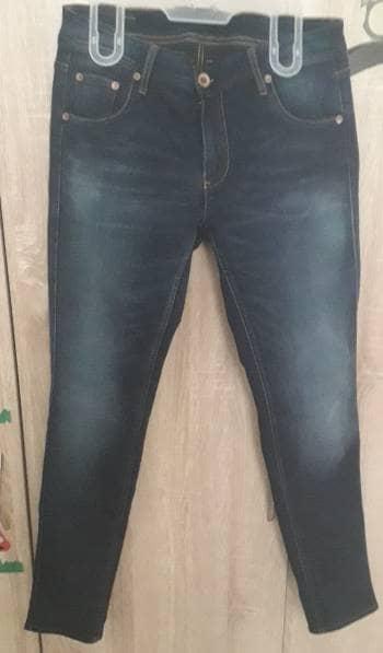 Jeans Chevignon con desgastes