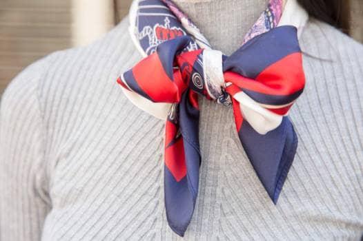 Preciosa pañoleta accesorio