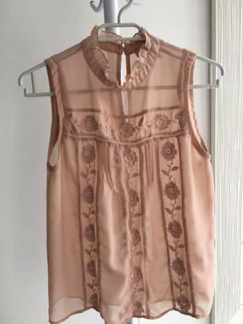 Blusa encaje semitransparente palo de rosa
