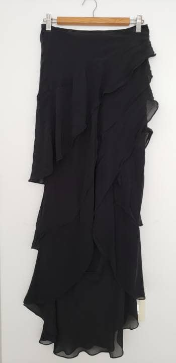 Vestido largo capaa negro