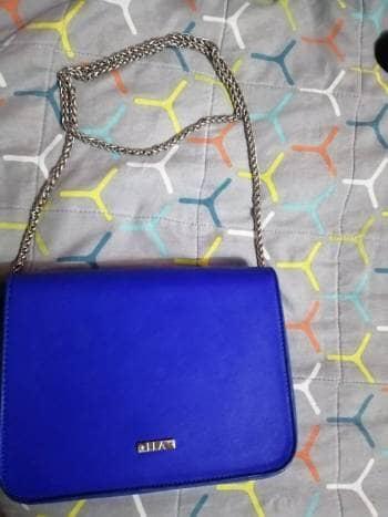 Bolso azul marca ELA