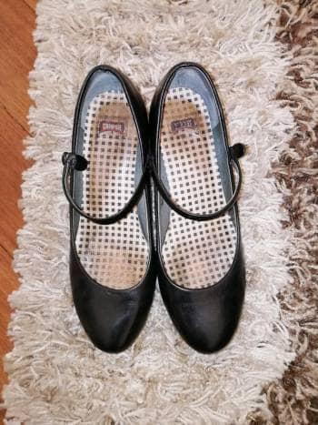 Hermosos zapatos Camper Españoles