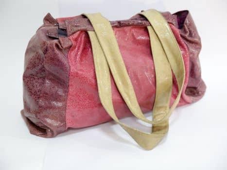 Bolso en cuero rosado
