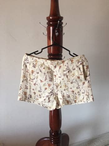 Short alto estampado