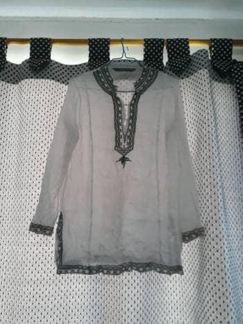 Camisa traslucida