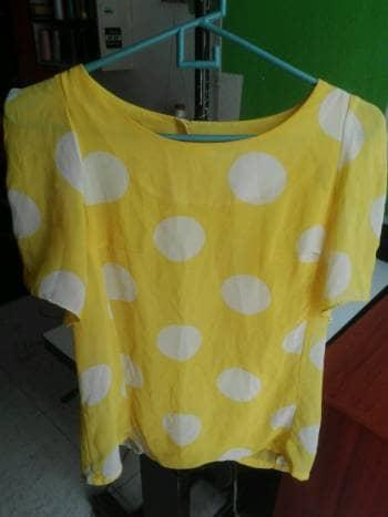 Blusa  bolero amarilla lunares